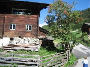 Tirol-11x-text